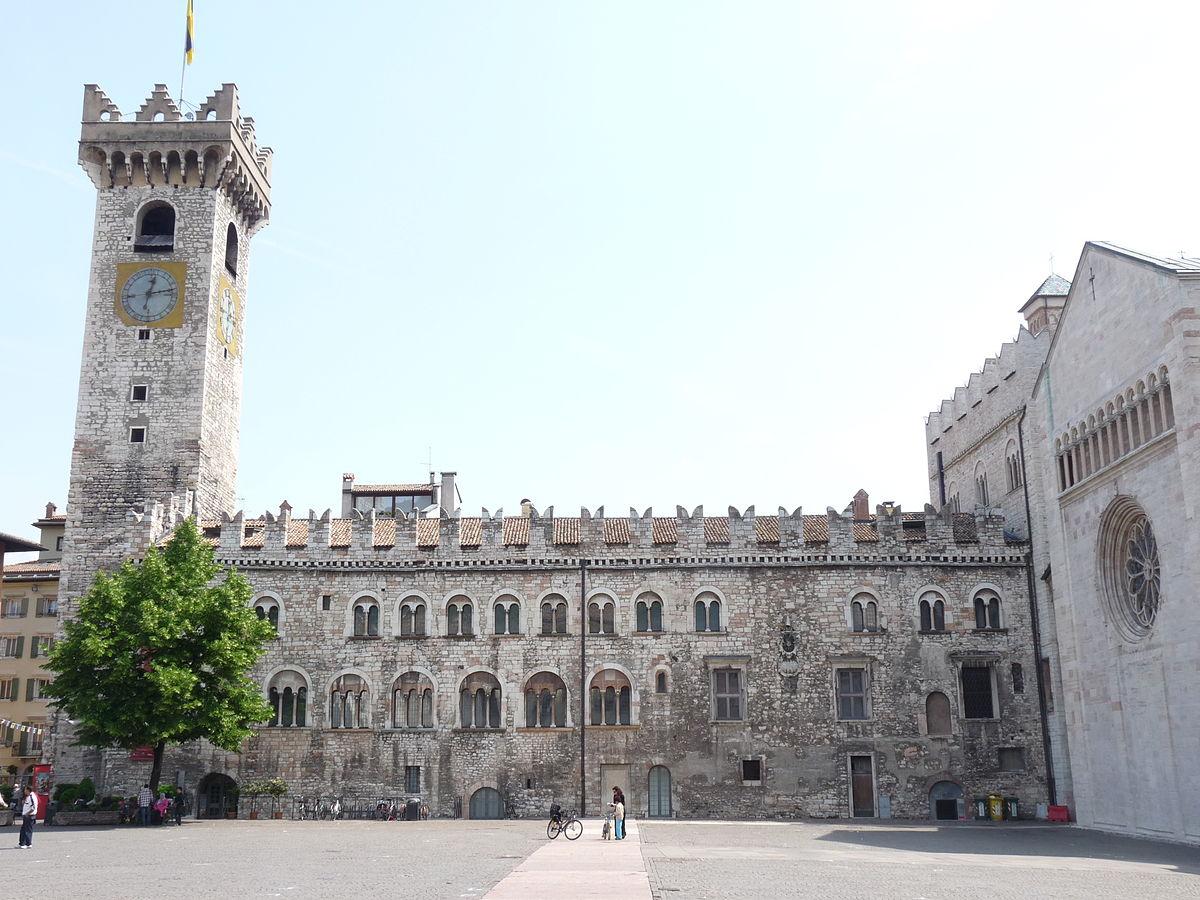 Palazzo pretorio trento orari trento 2018 for Orari apertura negozi trento