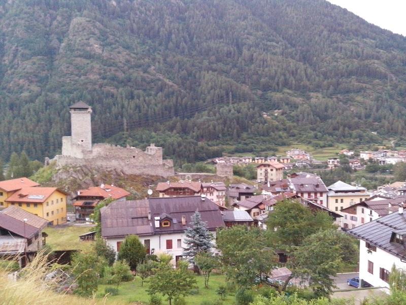 Orari apertura castello di ossana trento 2018 for Orari apertura negozi trento
